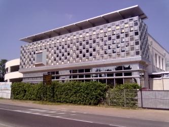 Lattoneria Moderna S.r.l. - Costruzioni Industriali